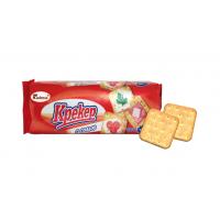 Crackers with salt in bulk